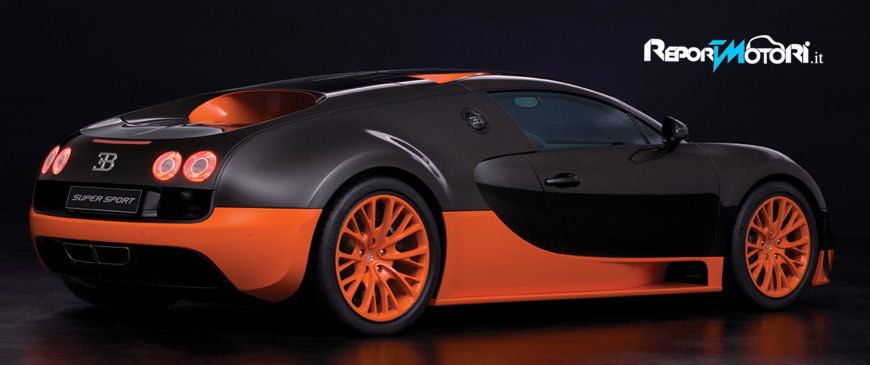 bugatti veyron supersport 415 km h ed uno 0 100 in 2 5 secondi reportmoto. Black Bedroom Furniture Sets. Home Design Ideas