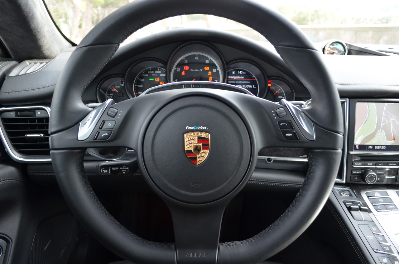 porsche panamera turbo s. Black Bedroom Furniture Sets. Home Design Ideas