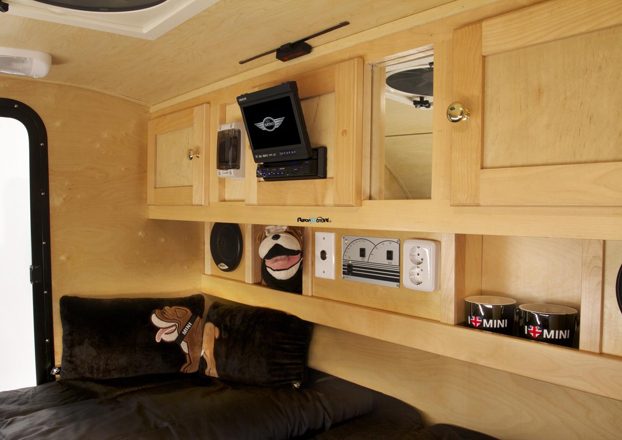 Mini Caravan Cowley ReportMotoriit