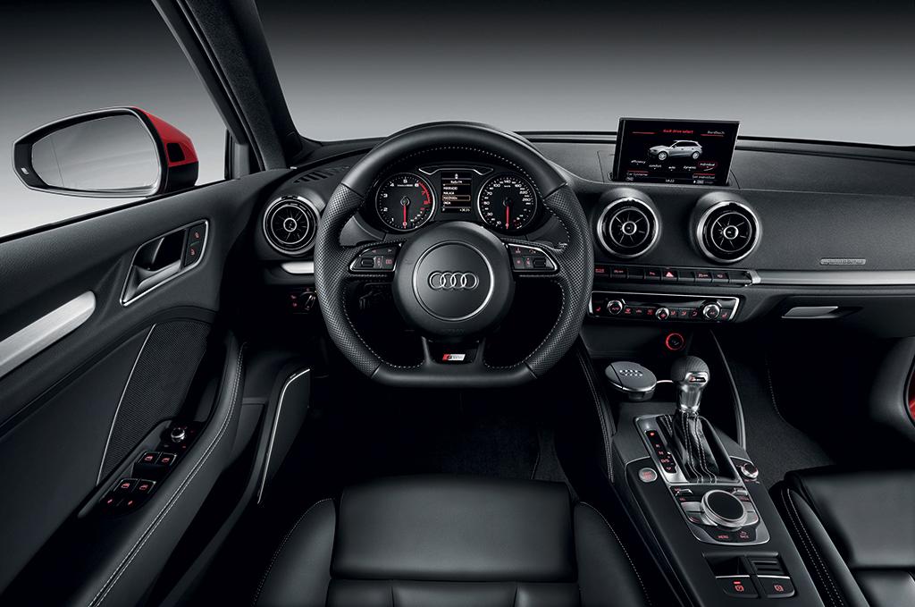 Audi a3 sportback for Interieur a3 2000