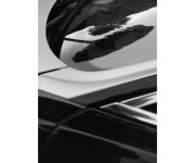 Karl Lagerfeld espone in Rolls-Royce