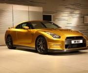 Nissan GT-R Bolt Gold