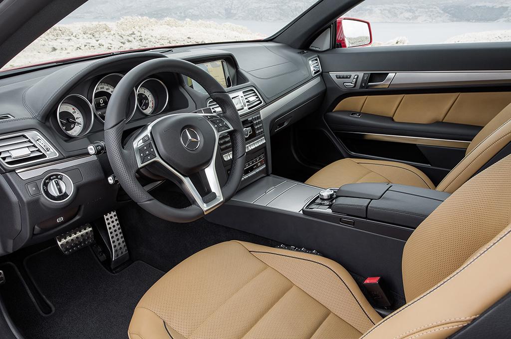 nuova mercedes classe e coup e cabrio. Black Bedroom Furniture Sets. Home Design Ideas