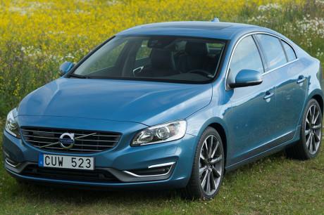 Volvo_S60_2
