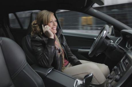 Volvo punta alla guida autonoma