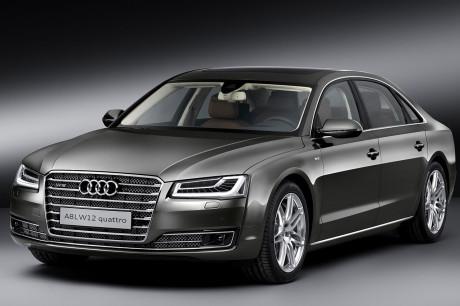 Audi A8 Lunga W12