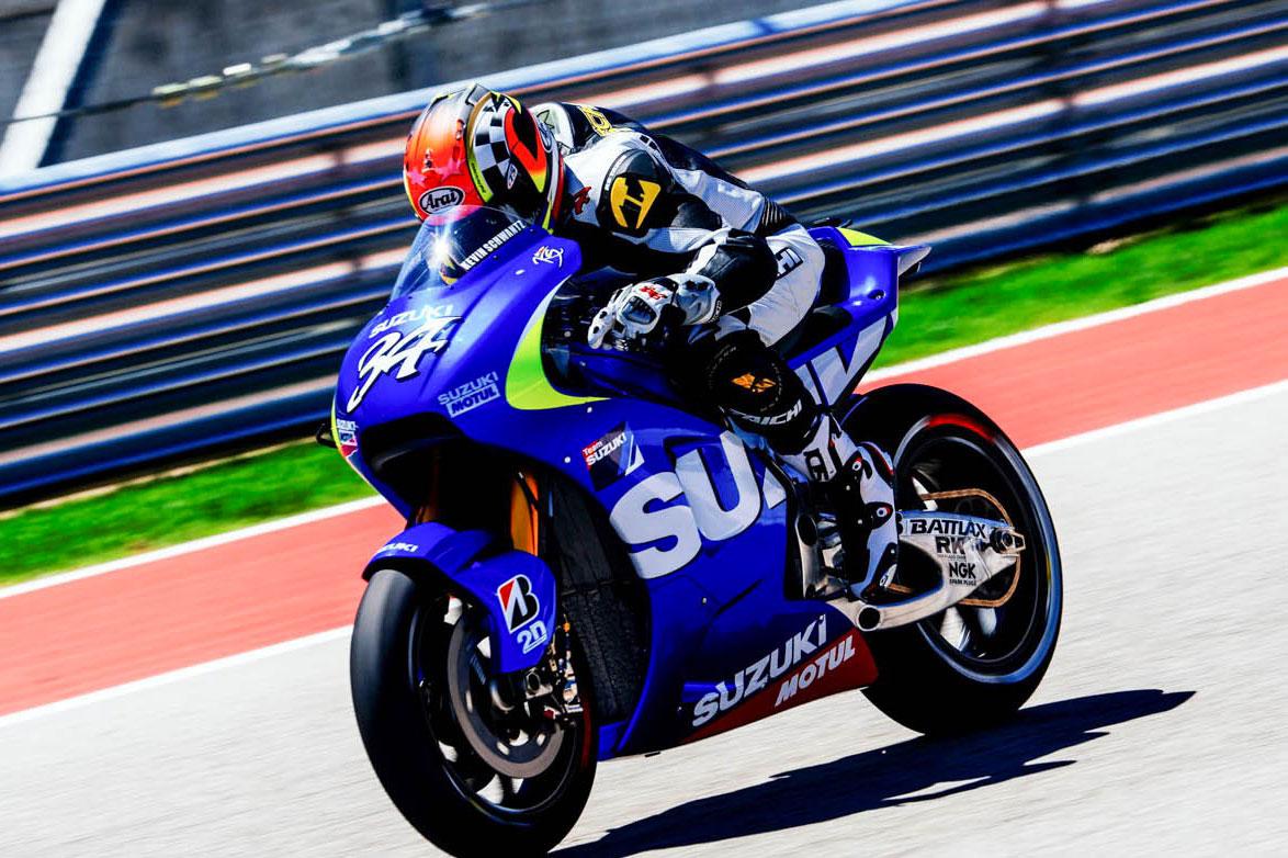 Schwantz testa la Suzuki MotoGP