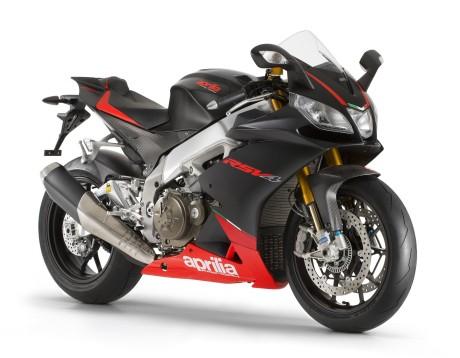 Test Ride Aprilia - RSV4 Factory ABS_low