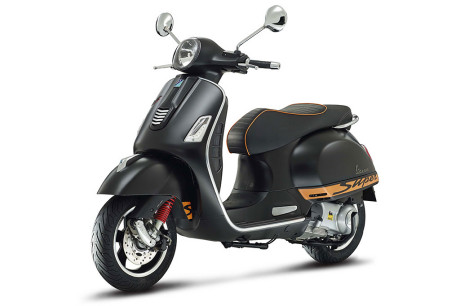 Piaggio Vespa GTS SuperSport