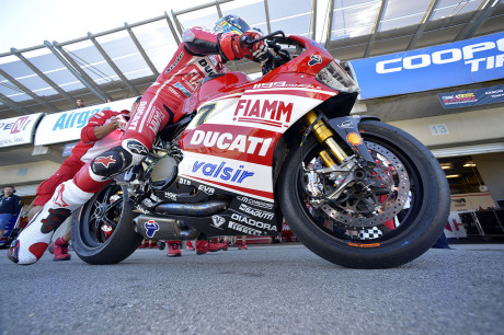 Chaz Davies - Team Ducati Superbike