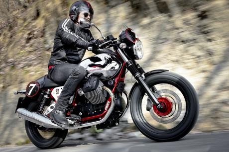 Moto Guzzi Open House - V7 Racer