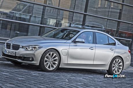 BMW 330e: