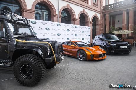 Land Rover Defender - Jaguar C-X75 - Range Rover Sport SVR