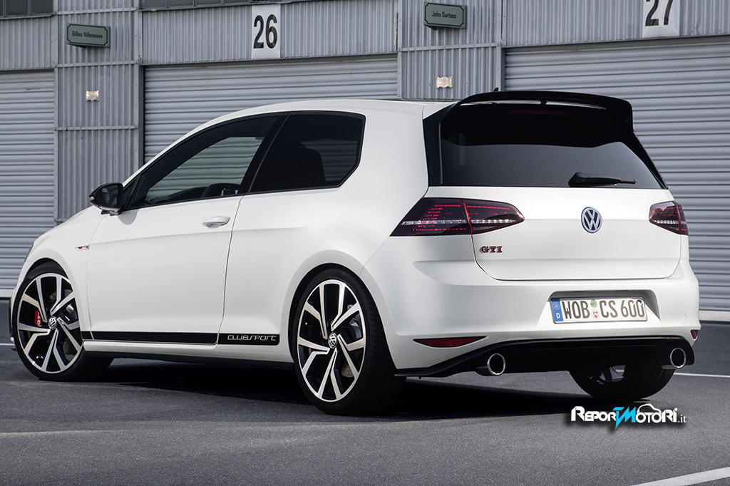 golf gti clubsport 40 anni di storia. Black Bedroom Furniture Sets. Home Design Ideas
