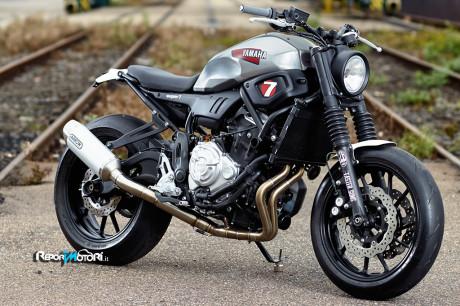Yamaha XSR700 Super7