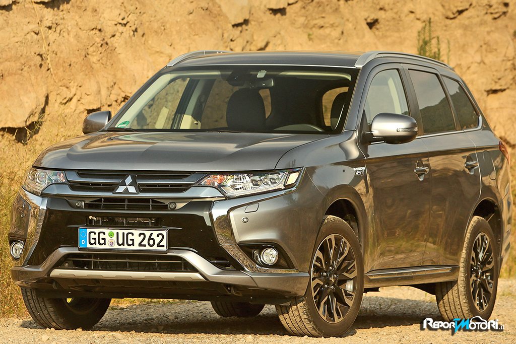 Nuova Mitsubishi Outlander PHEV