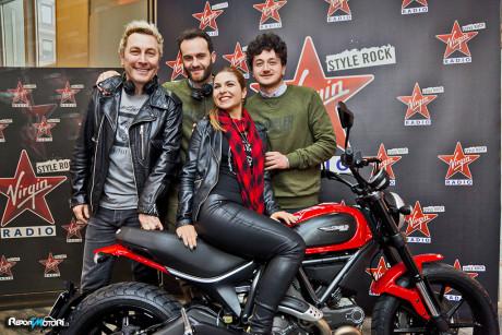 Una Scrambler Ducati con Virgin Radio