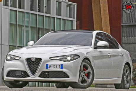 Alfa Romeo Giulia 2.0 turbo benzina: prezzi da 40.500 euro