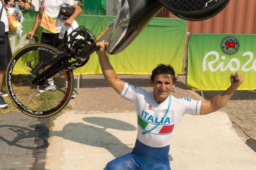 Alex Zanardi medaglia d'oro ai Giochi Paralimpici 2016