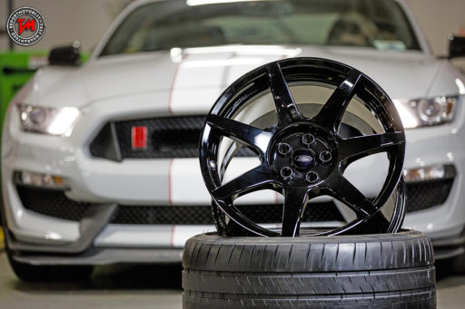 Ford Mustang Shelby GT350R - Cerchi in carbonio