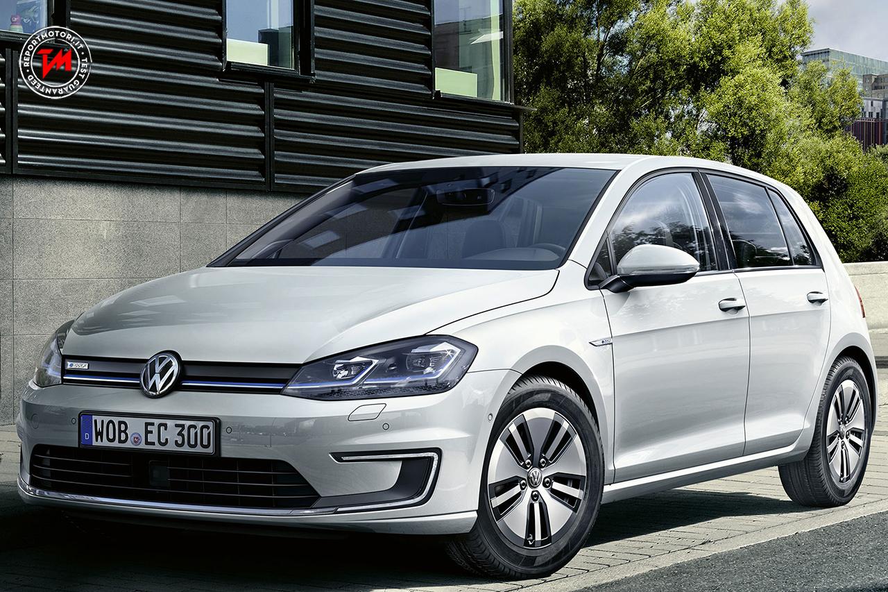 nuova volkswagen e golf oltre 300 km di autonomia. Black Bedroom Furniture Sets. Home Design Ideas