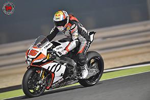 Alex De Angelis in sella alla Kawasaki del team Pedercini Racing