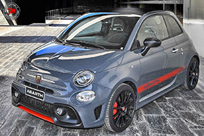 Abarth Official Car Supplier della squadra Yamaha Factory Racing