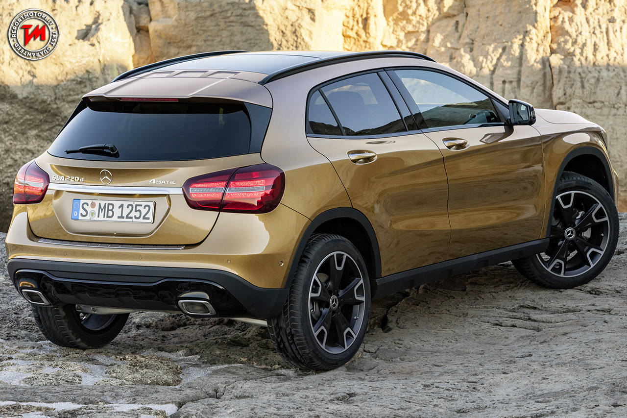 All 39 international auto show di detroit debutta la nuova for Mercedes benz gla 300