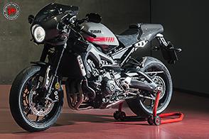 Yamaha XSR900 Abarth : una Café Racer dall'anima sportiva