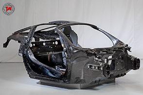 McLaren svela il suo nuovo telaio in fibra di carbonio