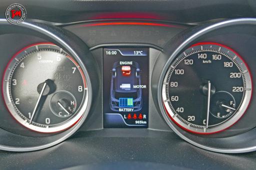 Suzuki Swift Hybrid 4WD