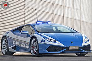 Automobili Lamborghini ha consegnato alla Polizia di Stato a Roma la nuova Huracan