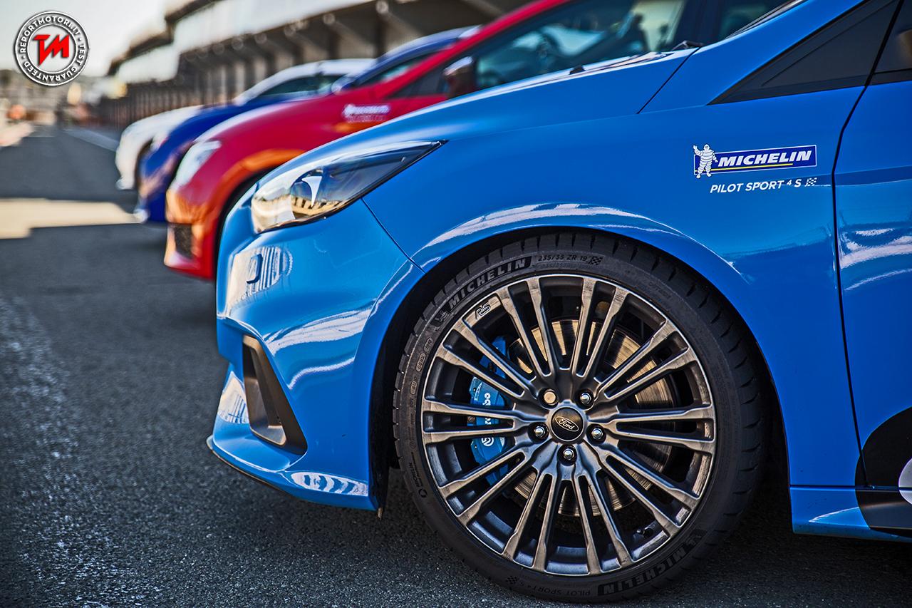 Michelin Pilot Sport 4s Massime Prestazioni Su Bagnato