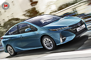 Toyota Prius Plug-in Hybrid vince il World Green Car 2017