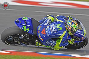 Valentino Rossi paga tutta l'indecisione della sua Yamaha YZR-M1