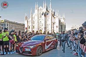 Carl Lewis e la Giulia Quadrifoglio alla Milano Breaking2 Together