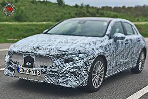 Sorpreso il prototipo della nuova Mercedes-Benz Classe A
