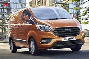 Ford Transit Custom: design audace e nuovi interni