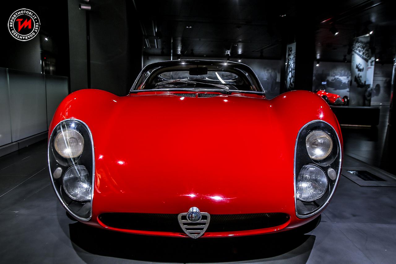 alfa romeo 33 stradale una vettura nata per vincere. Black Bedroom Furniture Sets. Home Design Ideas
