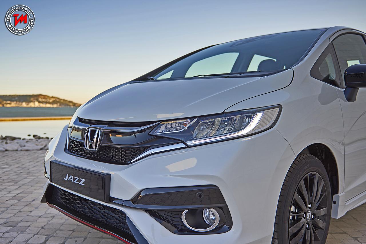 Nuova Honda Jazz 2018 Debutta Il V Tec Da 130 Cavalli