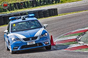 Seat in pista sul circuito di Franciacorta con il Corpo di Polizia di Stato