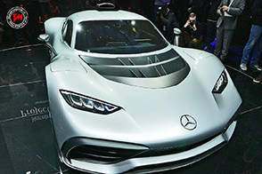 Prestazioni da Formula 1 per l'incredibile Mercedes-AMG Project ONE