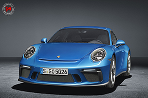 Porsche 911 GT3 Touring Package: abito stradale, cuore racing!