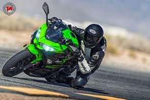 Design moderno e posizione di guida comoda per Kawasaki Ninja 400