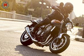 Nuda e moderna: la nuova Kawasaki Z900RS punta sullo stile retrò!
