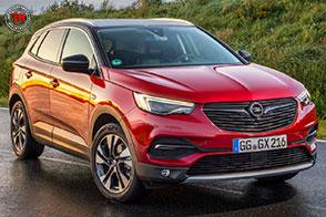 Opel Grandland X tra i 6 finalisti di AUTOBEST 2018