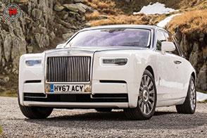 Rolls-Royce Phantom 2018: lusso ed unicità costruttiva