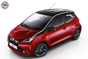 Dotazione completa per la nuova Toyota Aygo X-cite Red Bi-tone