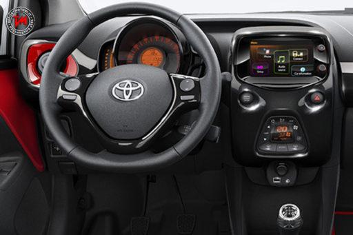 Toyota Aygo X-cite Red Bi-tone