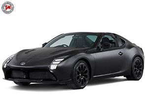 Look cattivo e propulsione ibrida per la Toyota GR HV Sport